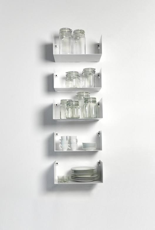Conoce OBJECTS, la línea de muebles diseñados por el Estudio Carme Pinós, MONI. Image Cortesía de Estudio Carme Pinós