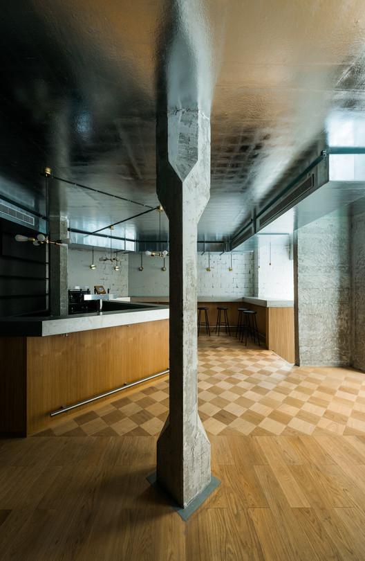 Zinnengasse Restaurant / Wuelser Bechtel Architekten, © Stefan Wülser