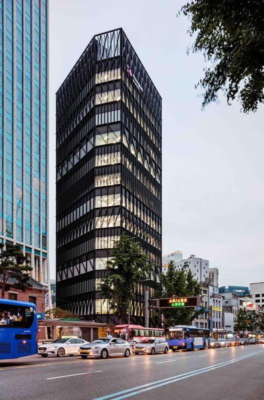 Edificio de oficinas Namdeamun / Mecanoo, © Kyungsub Shin