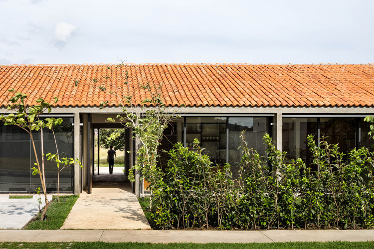 Casa Paraíso Country Club   / DCPP Arquitectos, © Rafael Gamo