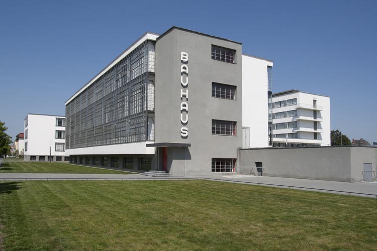 Bauhaus, una de las 12 obras beneficiadas con fondos de conservación de la Fundación Getty, Bauhaus Dessau © Bauhaus Dessau Foundation, Fotógrafo: Yvonne Tenschert, 2011. Image Cortesía de Getty Foundation