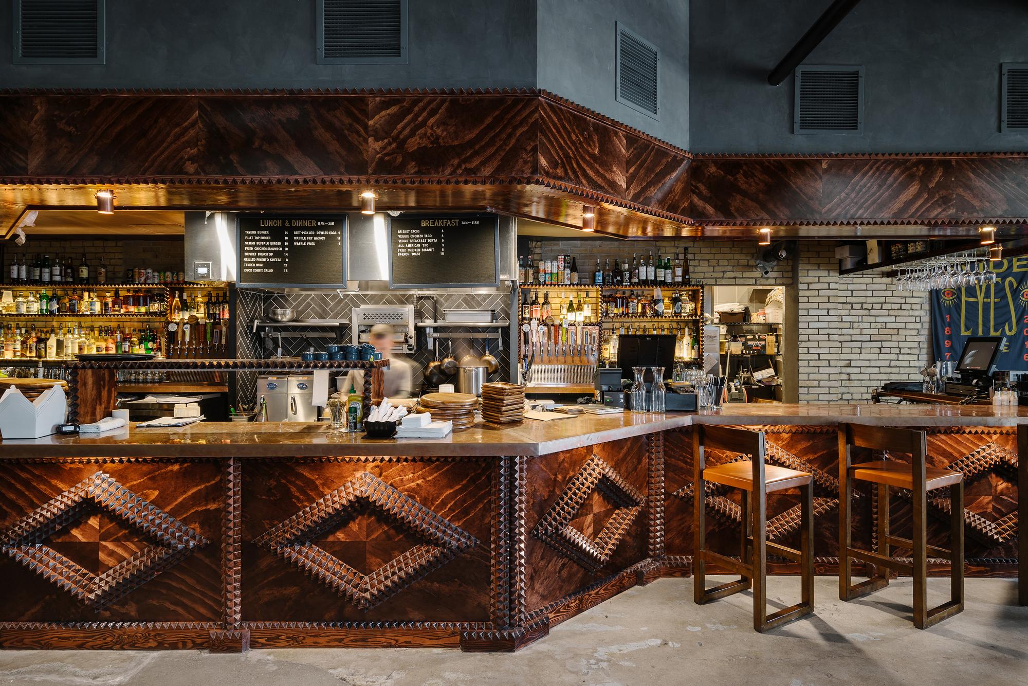 Native Hostel and Bar & Kitchen