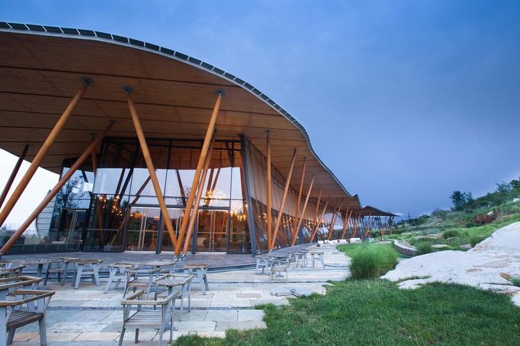 Vance Tsing Tao Pearl Hill Visitor Center / Bohlin Cywinski Jackson, © He Lian