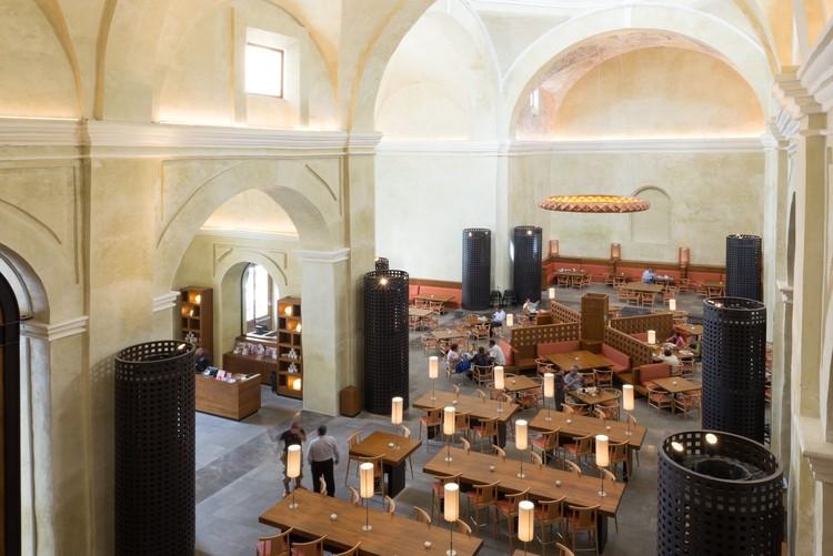 TOKS Veracruz Restaurant / LEGORRETA, © Lucía Cervantes
