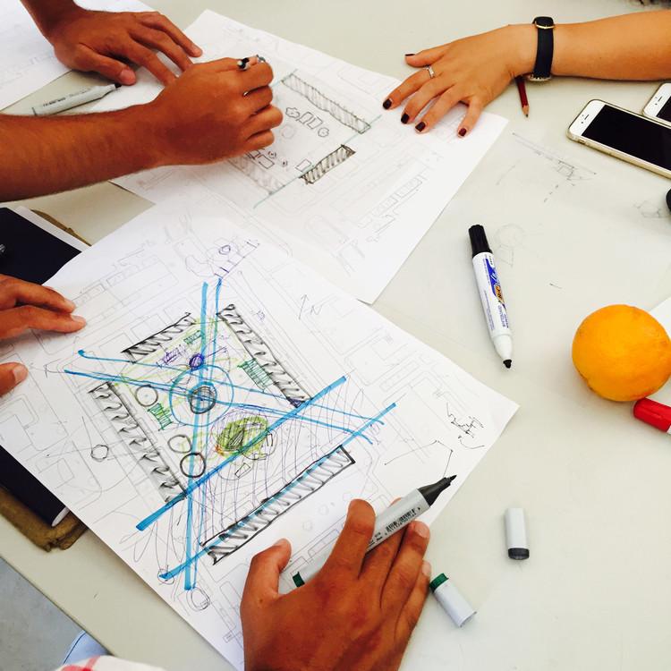 """Casa da Arquitectura propõe dois equipamentos para o """"lugar da partilha"""": Bicho e Teatrinho, Alguns croquis dos participantes durante a fase de projeto. Image © Casa da Arquitectura"""