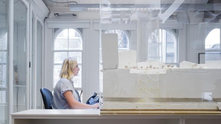 ¿Cómo es trabajar en una oficina de arquitectura en Londres? Marc Goodwin registra estas 17, © Marc Goodwin