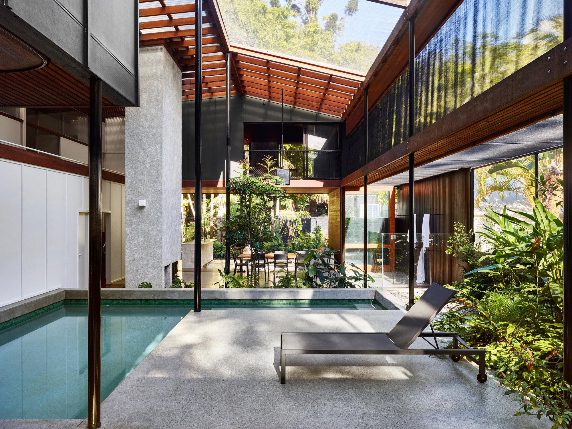 Residência Mitti Street / James Russell Architect