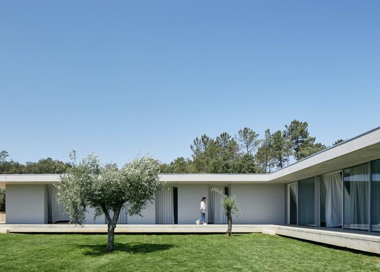 FANU House  / Bruno Dias Arquitectura, © Hugo Santos Silva
