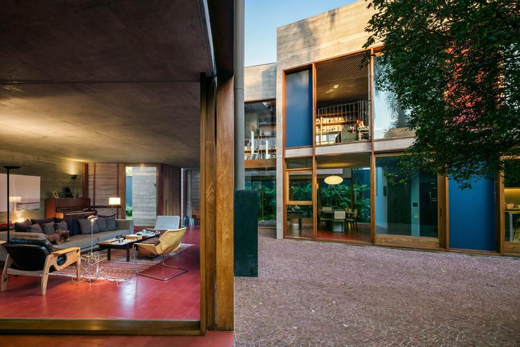 Casa 239  / UNA Arquitetos, © Nelson Kon