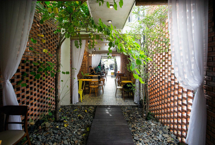 Casa Café 85 / 85 Design, © To Huu Dung
