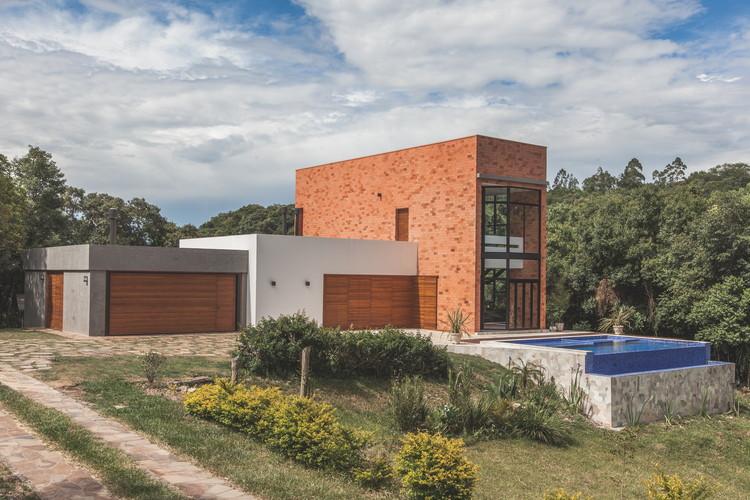 T&T Residence / Q_arts Arquitetura, © Antonio Valiente
