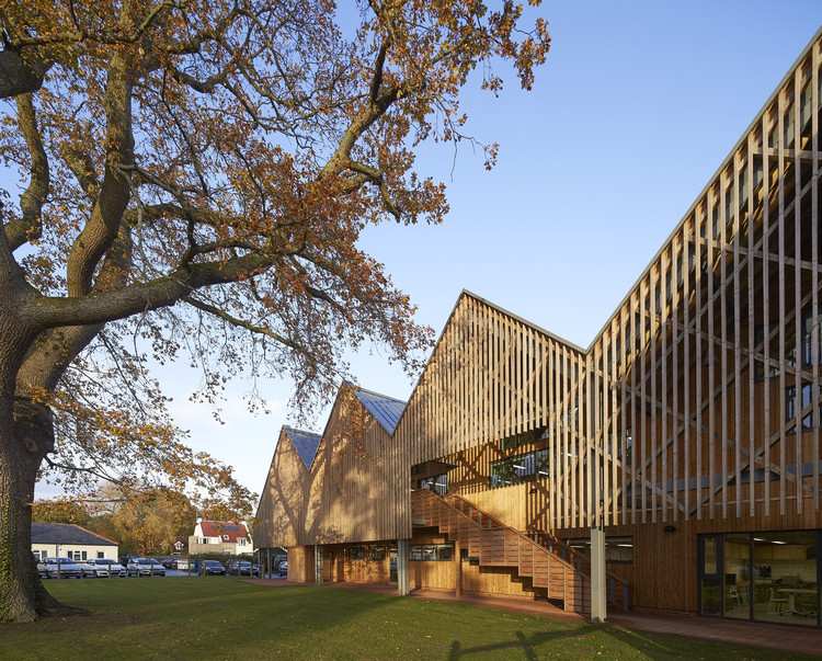 Bedales School Art and Design / Feilden Clegg Bradley Studios, © Hufton + Crow