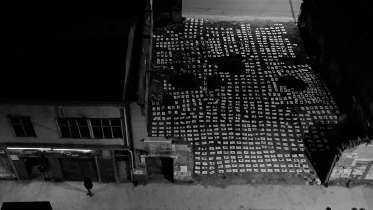 Ejercicios impermanentes interviene artísticamente sitios eriazos de Valparaíso para 'desmontar la continuidad de las cosas', Cortesía de Ejercicios Impermanentes