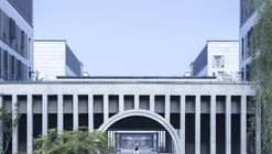 Hall of Literature & Garden at Taizhou High School / Architectural Design & Research Institute of SCUT