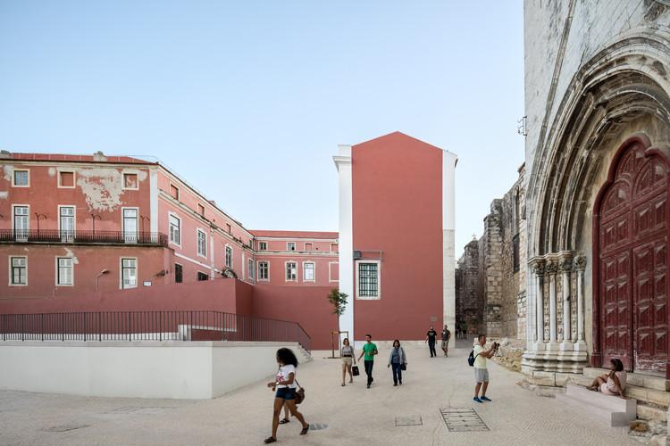 O entorno do Convento de Carmo pelas lentes de Fernando Guerra, © Fernando Guerra | FG+SG