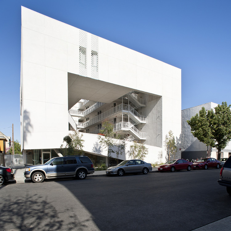 Cheap Apartments Usa: The Six / Brooks + Scarpa Architects