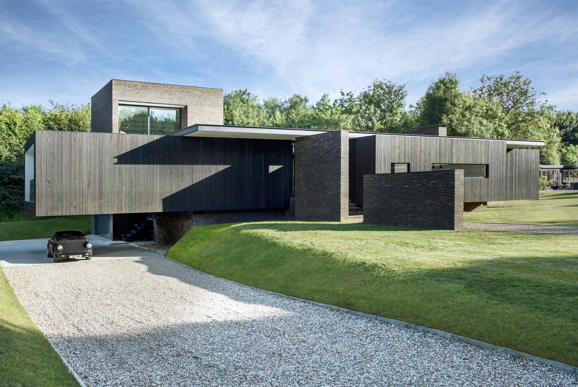 Black House AR Design Studio ArchDaily