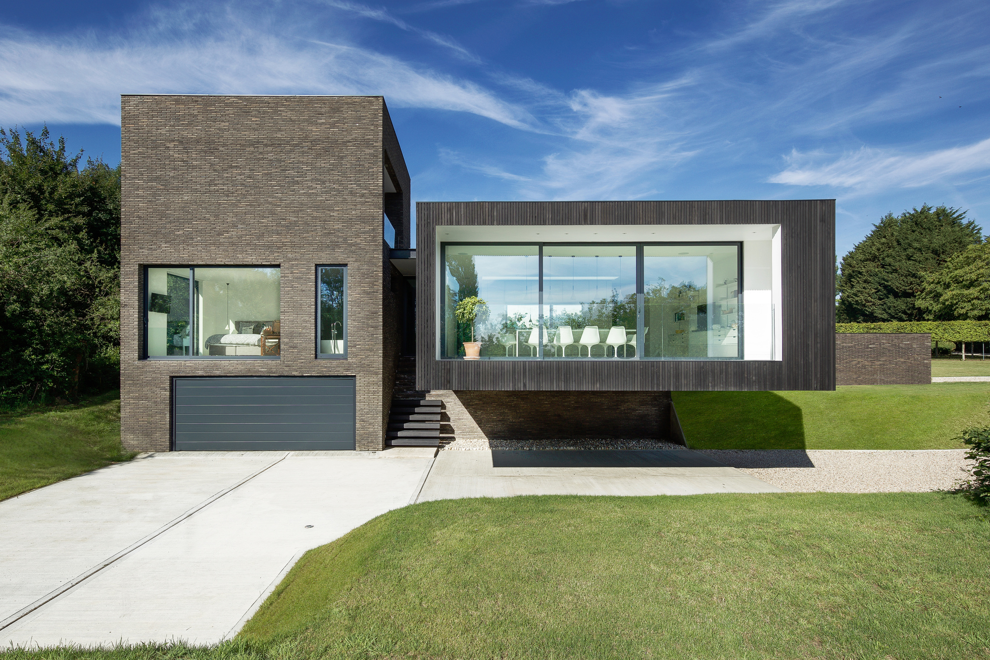 gallery of black house ar design studio 17. Black Bedroom Furniture Sets. Home Design Ideas