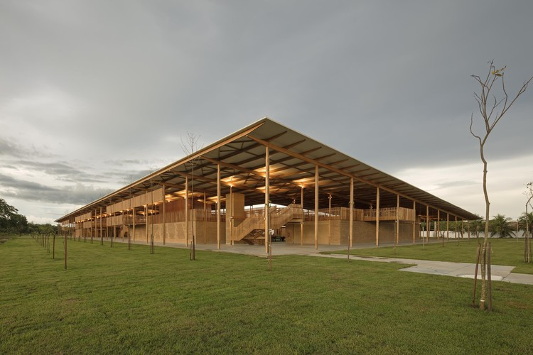 Resultado do Prêmio de Arquitetura Instituto Tomie Ohtake AkzoNobel 2017, 1° LUGAR - Moradas infantis . Image © Leonardo Finotti