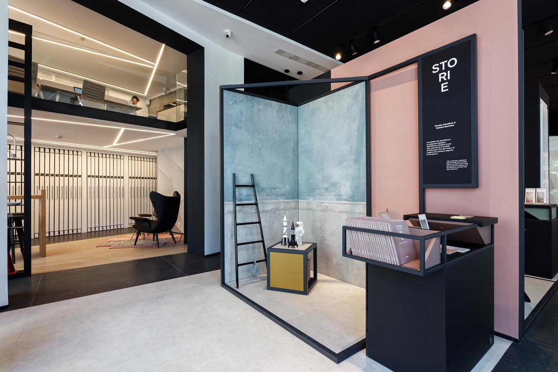 pointONE showroom / Suto Interior Architects