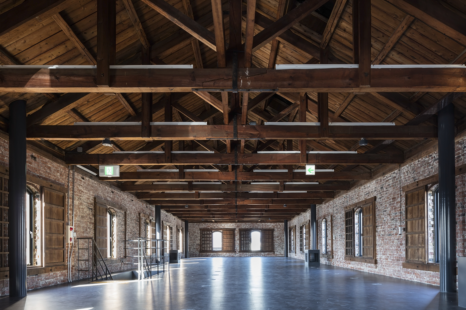 Warehouse of Time / FT Architects   ArchDaily