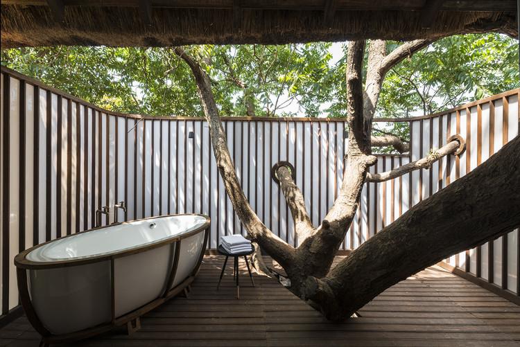 Resultado de imagen para treevilla casa de arbol india