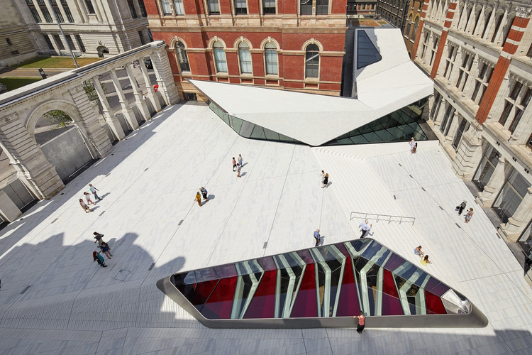 Frieze Art & Architecture Conference, The Sackler Courtyard, V&A Exhibition Road Quarter, designed by AL_A ©Hufton+Crow