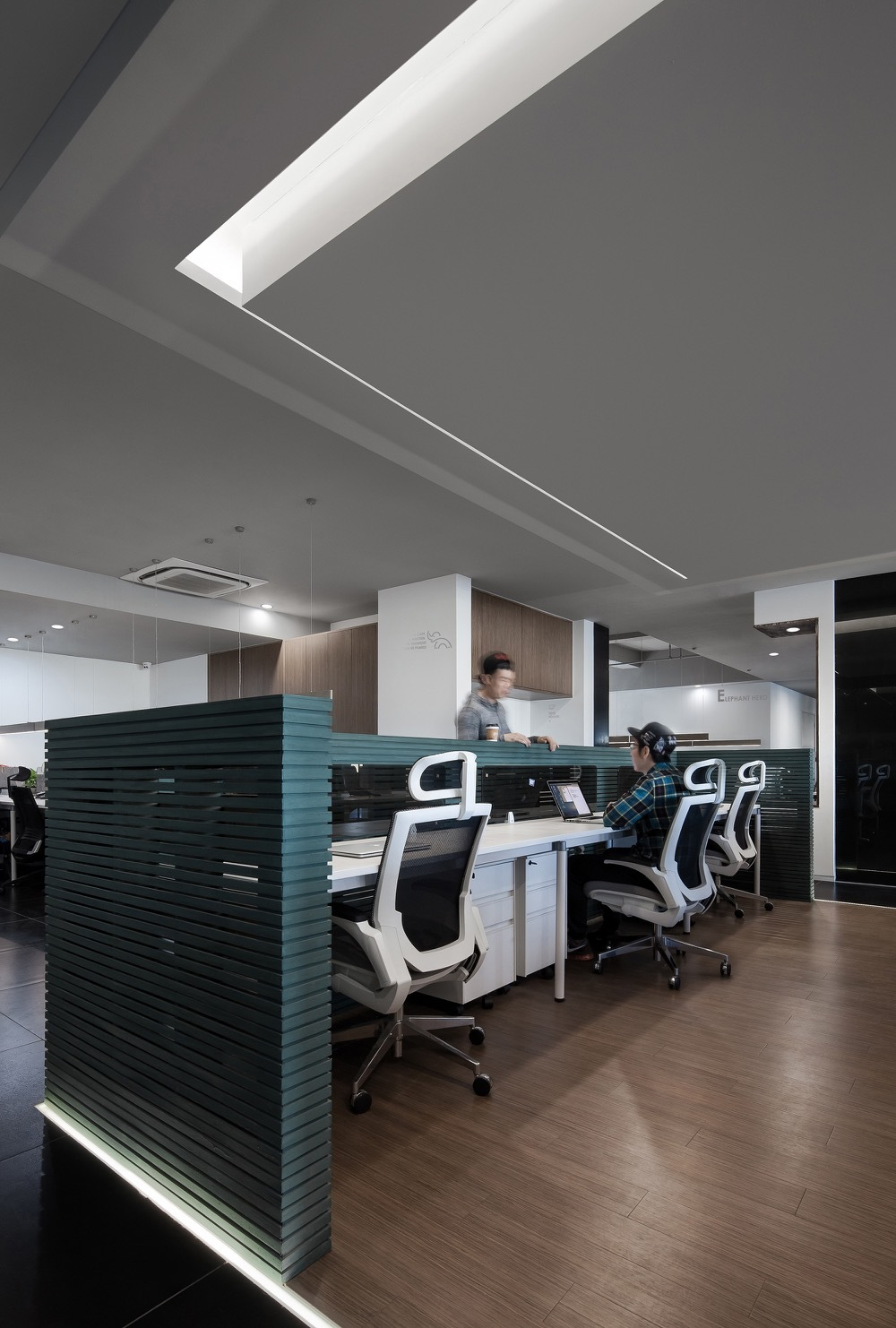 Gallery of elephant parade office cun design 9 for Bbdo office design 9