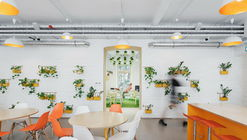 Hostel FLOW / PRTZN Architecture