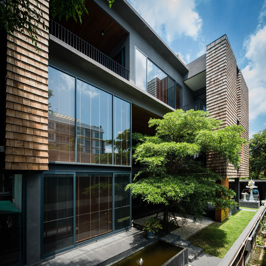 Residencia WSS / seARCHOFFICE