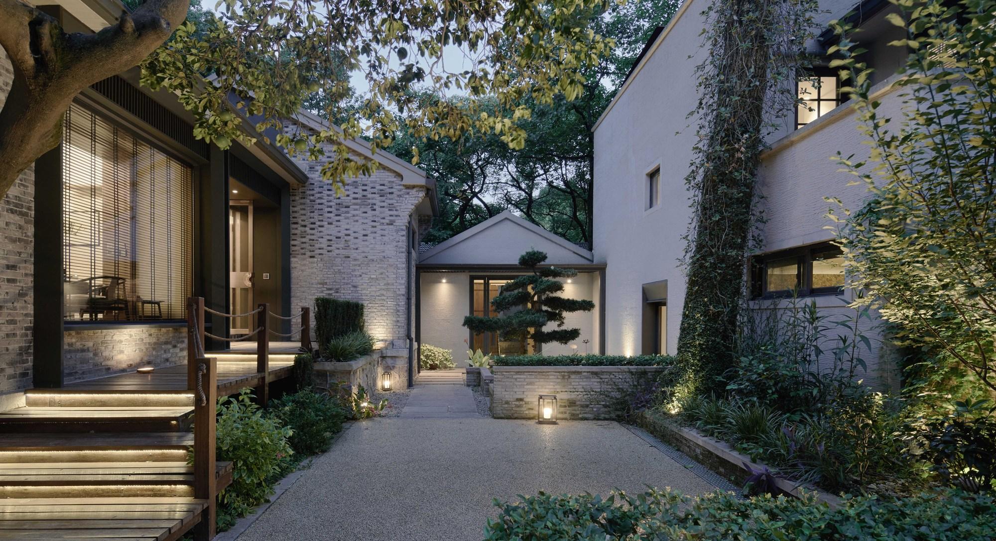 Landscape Design Front Of House Simple