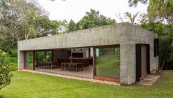 Lounge Y / Nommo Arquitetos