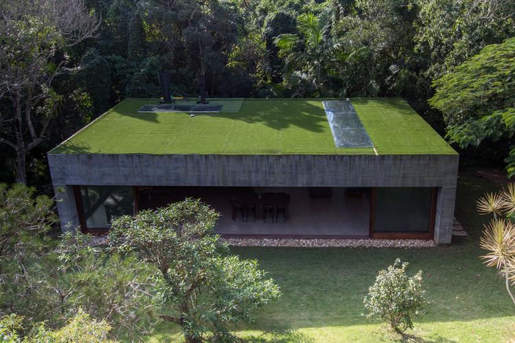 Lounge Y  / Nommo Arquitetos, © Paula Morais