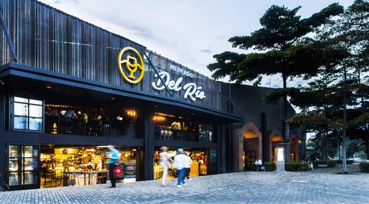 Mercado del Rio / Morales Vicaria Arquitectura