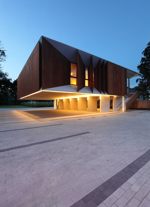 Templo De Wong Dai Sin Shim Sutcliffe Architects Archdaily Brasil