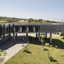 SHEIKH NAHYAN CENTRE FOR ARABIC STUDIES & INTERCULTURAL DIALOGUE / FOUAD SAMARA ARCHITECTS