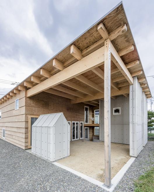 Roof And Rectangular House Jun Igarashi Architects