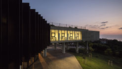 Sheikh Nahyan Centre for Arabic Studies & Intercultural Dialogue / Fouad Samara Architects