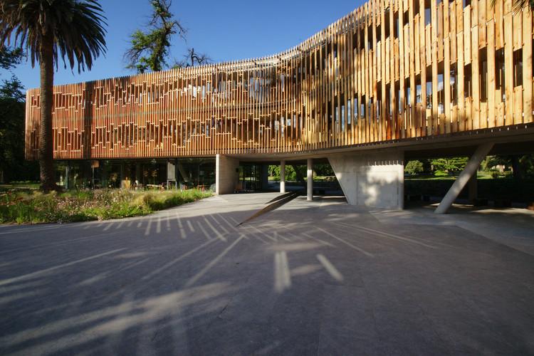 Parque e Residência Las Majadas de Pirque / Lyon Bosch Arquitectos, Cortesía de Danilo Martic