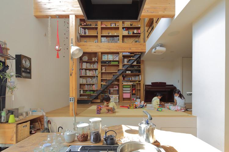 House in Takatsuki / FujiwaraMuro Architects, © Toshiyuki Yano