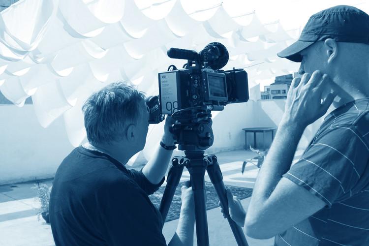 Heinz Emigholz: o cineasta que todo arquiteto deveria conhecer, Heinz Emigholz e Till Beckmann na Casa do Povo, São Paulo, em outubro de 2016. Image © Romullo Baratto