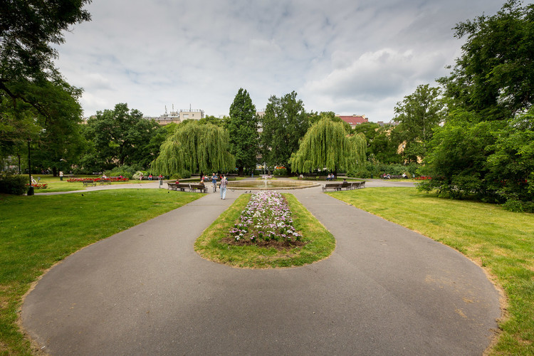 Call for Ideas: Revitalisation of Charles Square Park, Charles square