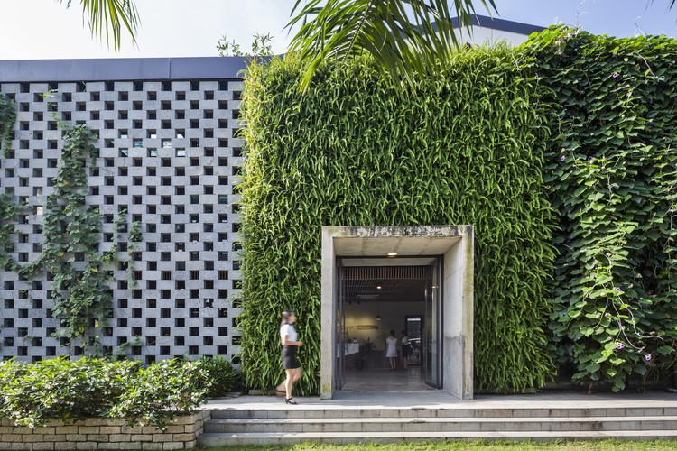 DESINO, oficina de manufactura ecológica / Ho Khue Architects, © Hiroyuki Oki