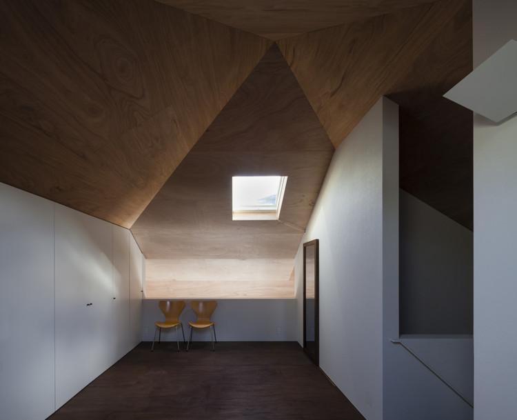 Casa en Hoshigaoka / Shogo ARATANI Architect & Associates, © Shigeo Ogawa