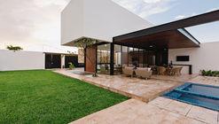 Nano House / Punto Arquitectónico + ARCICONSTRU