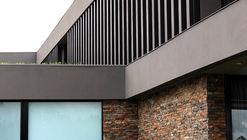 Casa C4 / Bassico Arquitectos + MV ARQUITECTOS