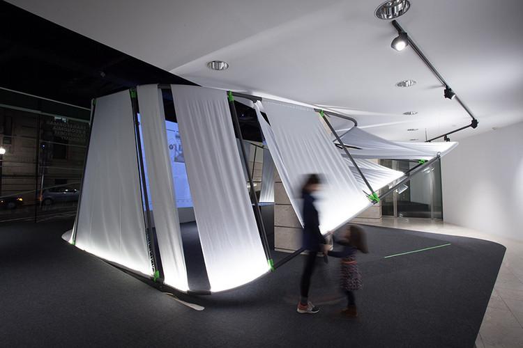 Porto Innovation Hub: uma instalação de metal e tecido para celebrar a inovação, © FAHR.0213