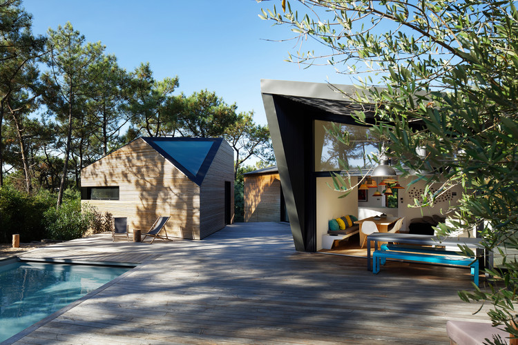 Holiday House in Cap Ferret / Atelier du Pont | ArchDaily