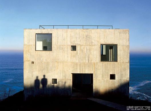 Arquitectos chilenos, argentinos y mexicanos participarán en mesa redonda de la Bienal de Arquitectura de Chicago 2017, Casa Poli de Pezo von Ellrichshausen