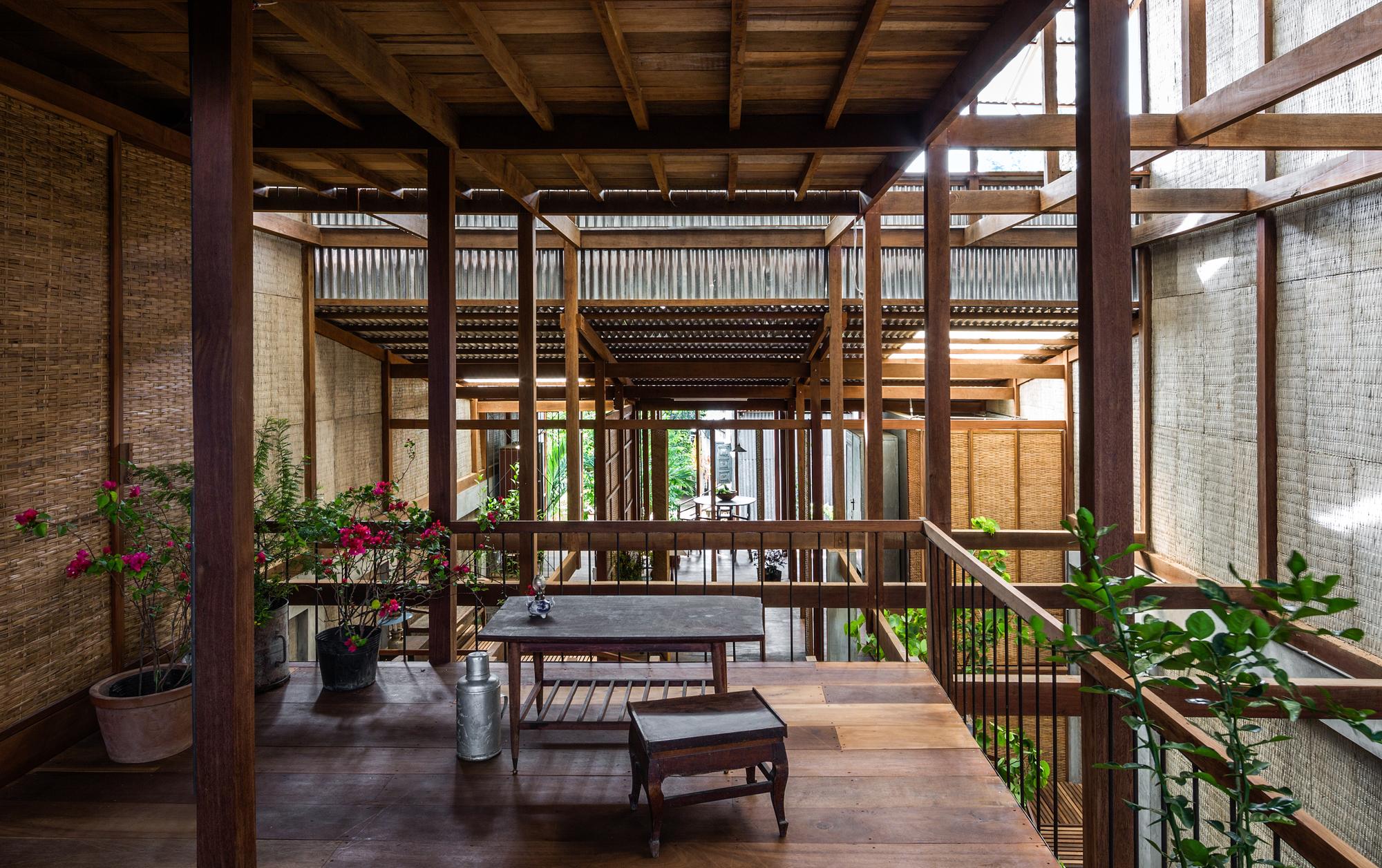 Casa em Chau Doc / NISHIZAWAARCHITECTS